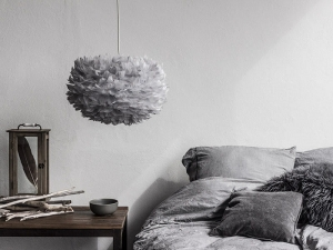 LAMPA WISZĄCA Z PIÓR EOS MEDIUM Ø45 LIGHT GREY UMAGE  ( VITA COPENHAGEN )
